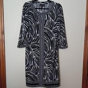 Lovely Dana Buchman Keyhole Dress L